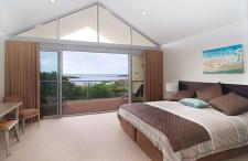 images/seine_bay_gallery/master-bedroom-opt.jpg